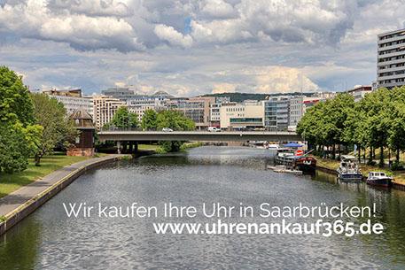 Foto der Saar, im Hintergrund sieht man Saarbrücken